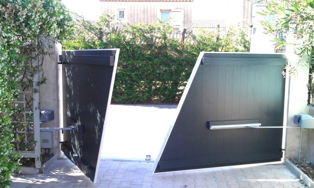 portail automatique s curit. Black Bedroom Furniture Sets. Home Design Ideas